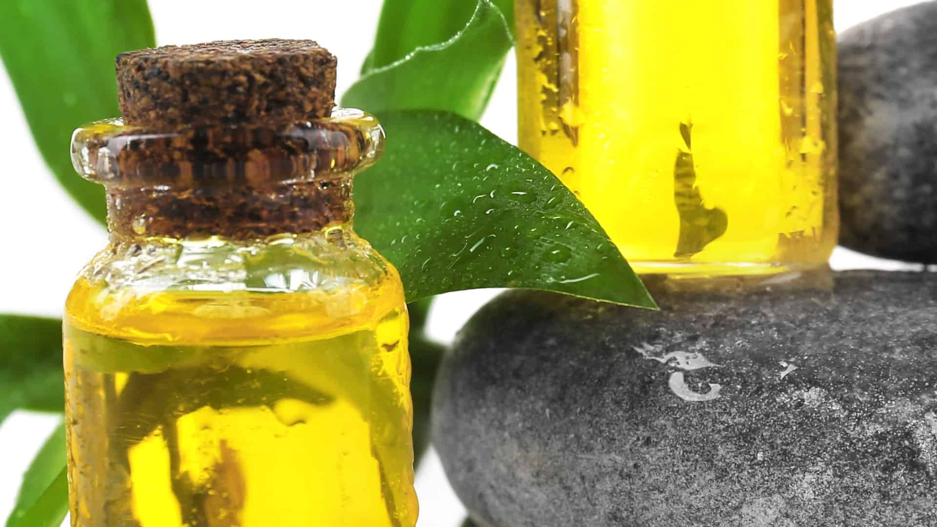 Best Tea Tree Oil Products 2020: Shopping Guide & Review