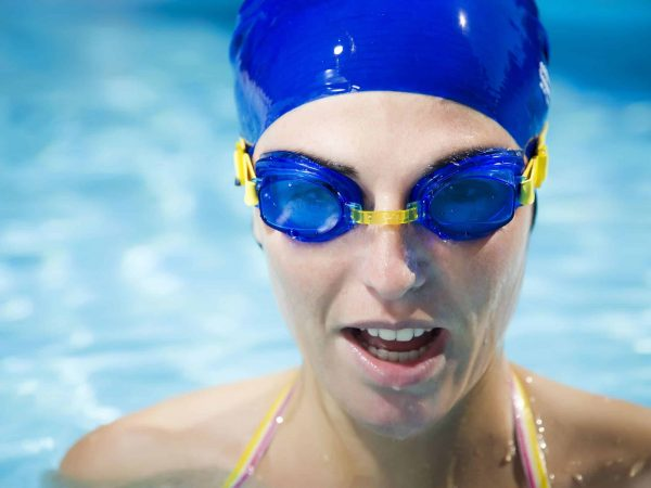 You need to find the right swimming goggles for your face, activity and age.  (Source: Maria Dryfhout : 31003579 / 123rf.com)