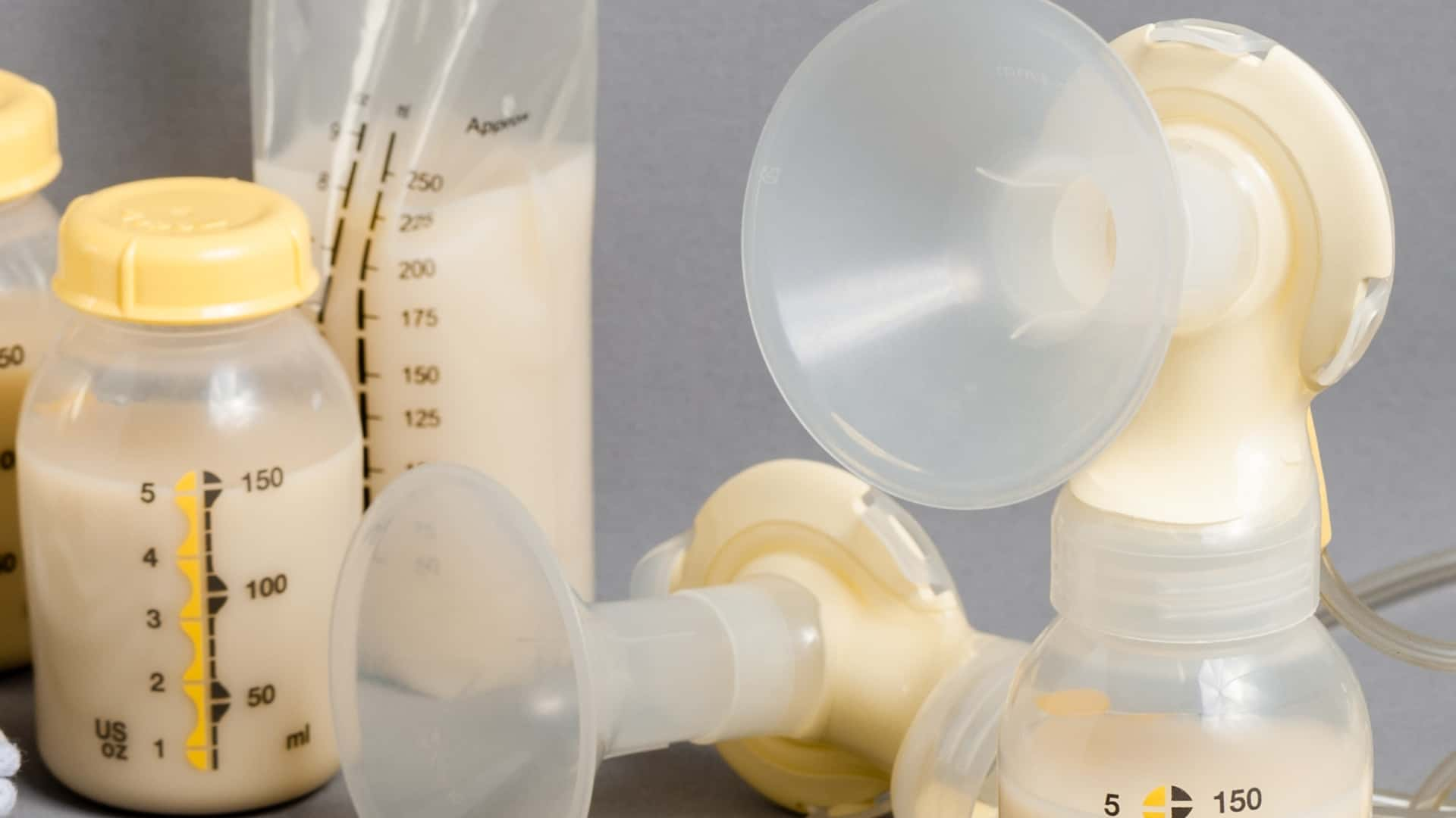 Best Breast Pump 2020: Shopping Guide & Review