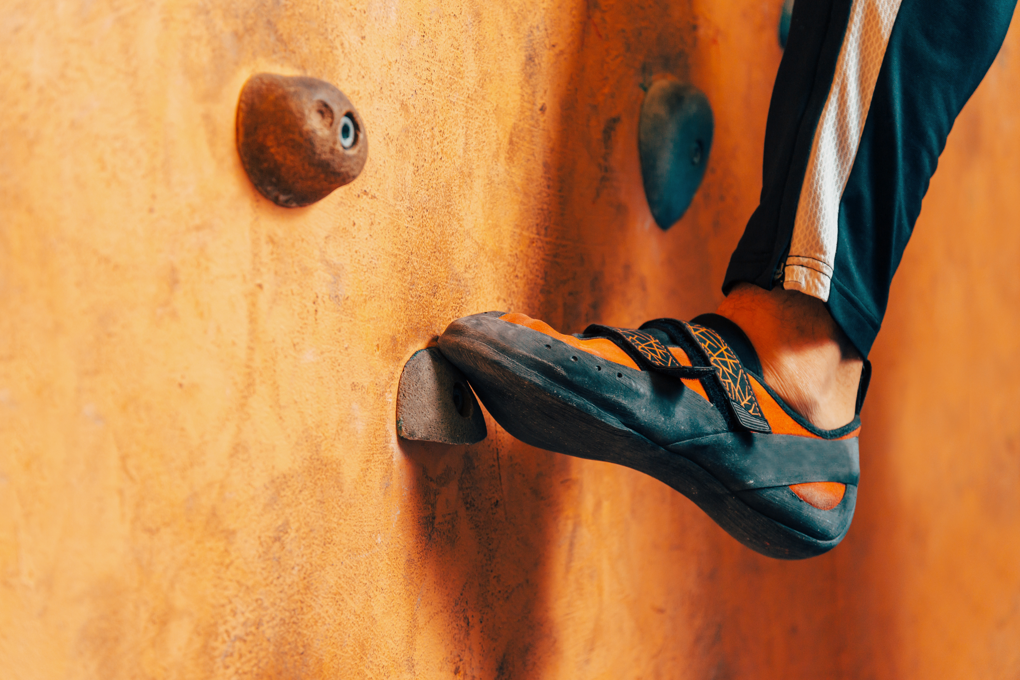 Best Climbing Shoes 2020: Shopping Guide & Review