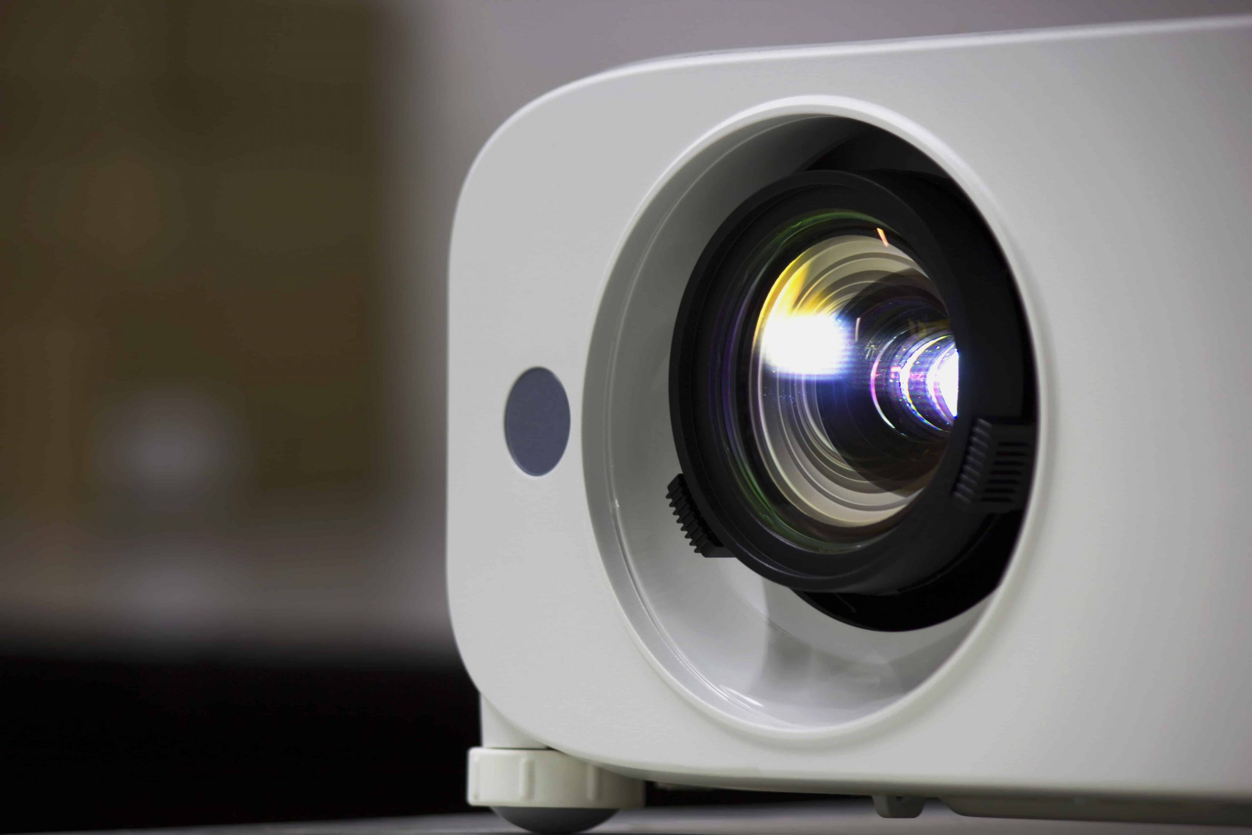 Best Projector 2020: Shopping Guide & Review