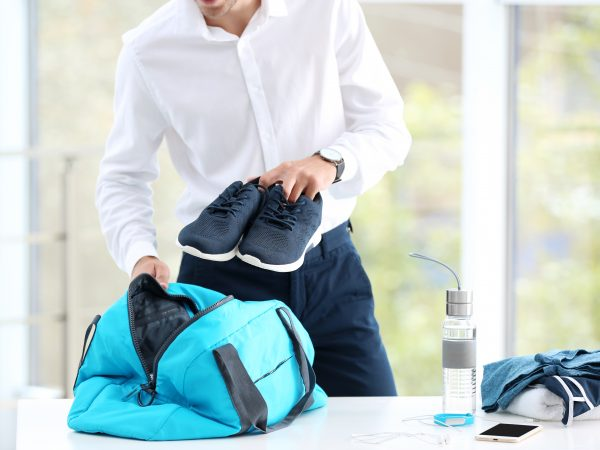 There are sports bags that are also adapted to carry laptops or tablets.