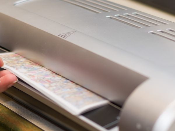 Best Laminator 2020: Shopping Guide & Review