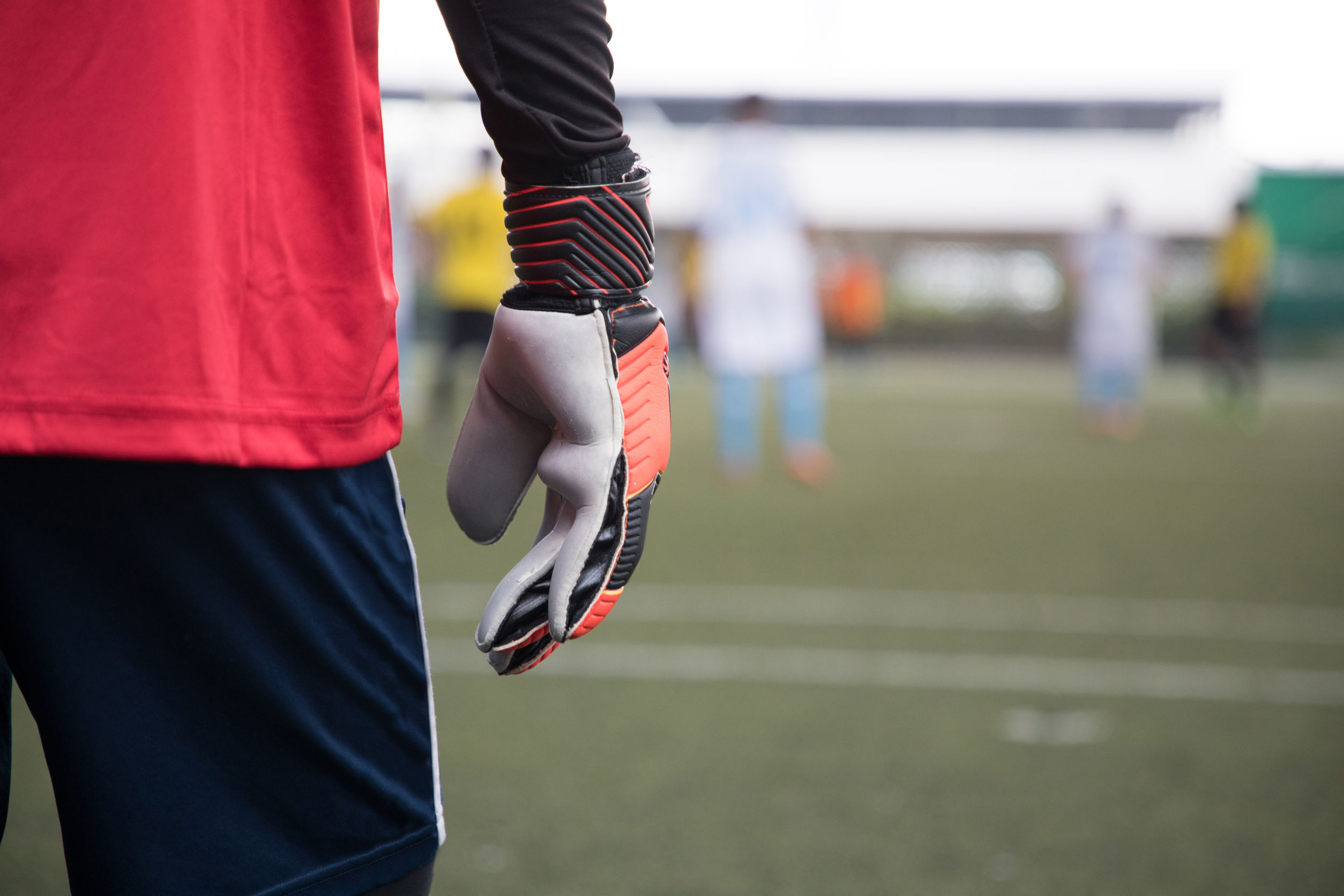 Best Goalkeeper Gloves 2020: Shopping Guide & Review